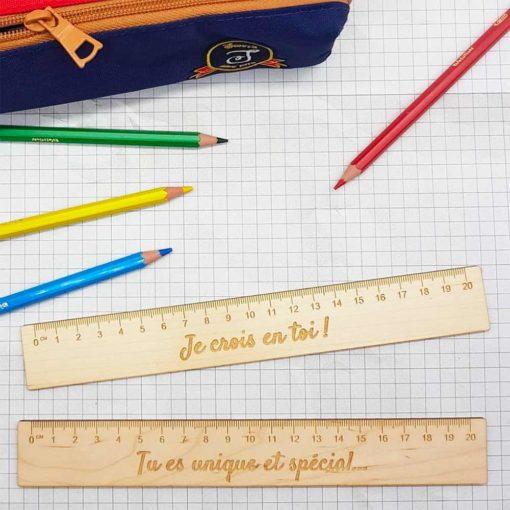 Règle en bois personnalisée de 20 cm