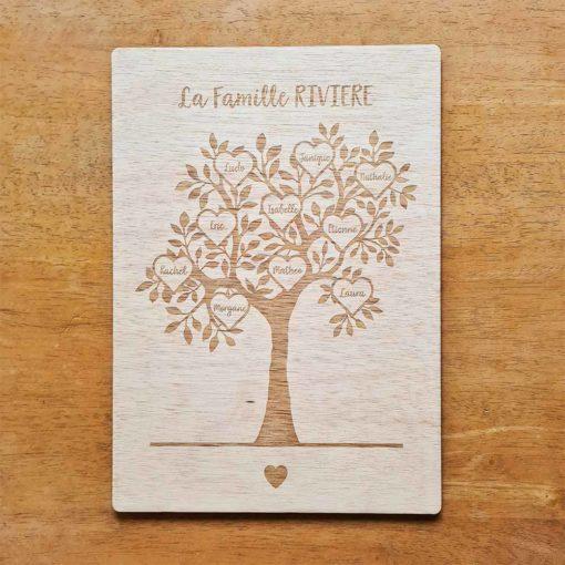 Arbre de famille personnalisé et gravé en bois